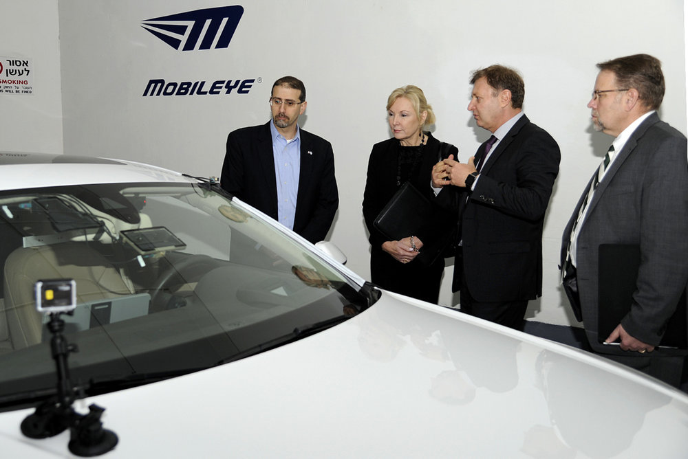 Daniel B. Shapiro (left), then the U.S. ambassador to Israel, witnesses the Israeli company Mobileye's Advanced Driver Assistance Systems technology. Credit: U.S. Embassy Tel Aviv.