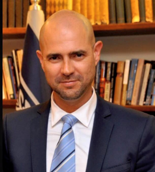 Member of Knesset Amir Ohana (pictured) sponsored legislation to ensure that anti-Israel groups do not benefit from Israel's national service program. Credit: Wikimedia Commons.
