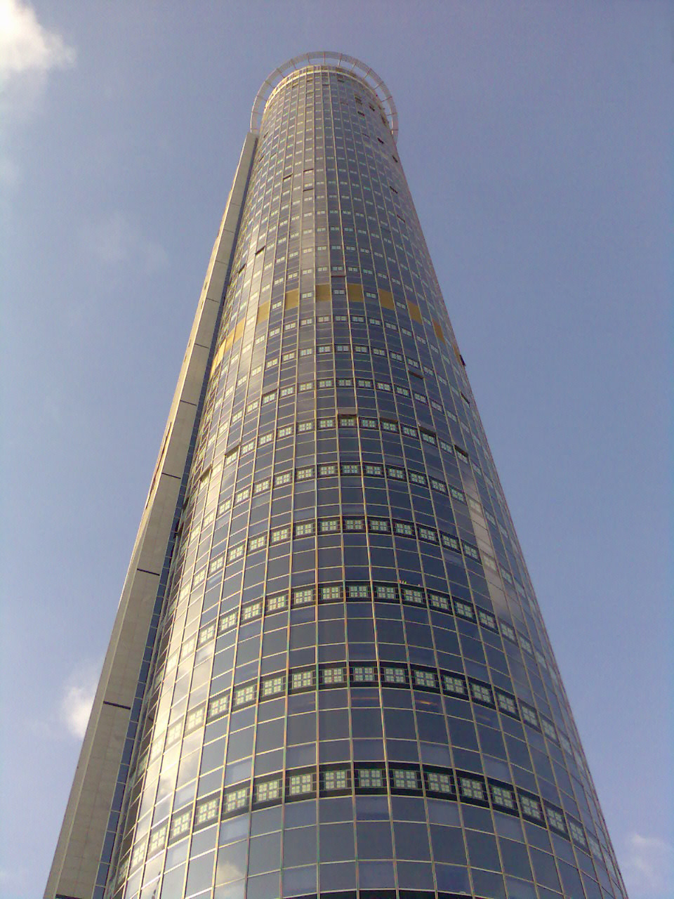 The Moshe Aviv Tower, currently Israel's tallest building. Credit: Wikimedia Commons.