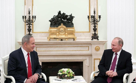 Israeli Prime Minister Benjamin Netanyahu (left) and Russian President Vladimir Putin meet in Moscow earlier this month. Credit:Prime Minister Benjamin Netanyahu via Twitter.