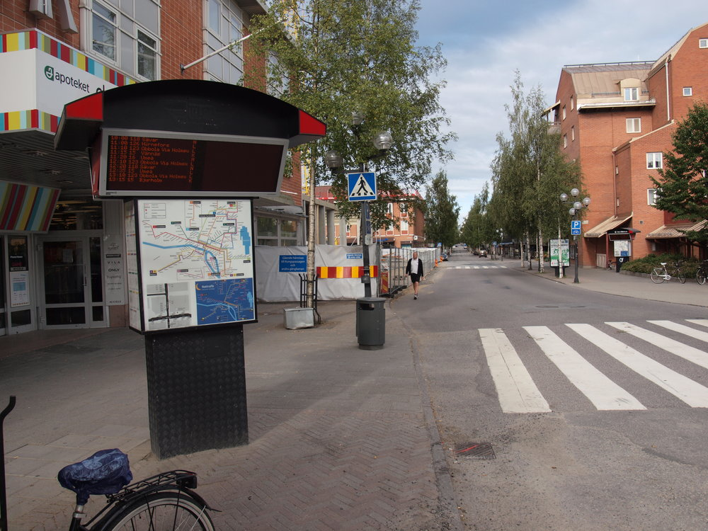 A bus stop in Umea, Sweden. Credit: Wikimedia Commons.