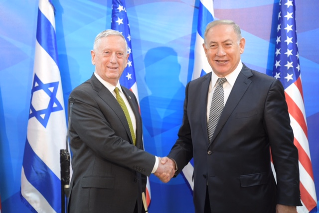 U.S. Secretary of Defense James Mattis (left) meets with Israeli Prime Minister Benjamin Netanyahu. Credit: Amos Ben-Gershom/GPO.