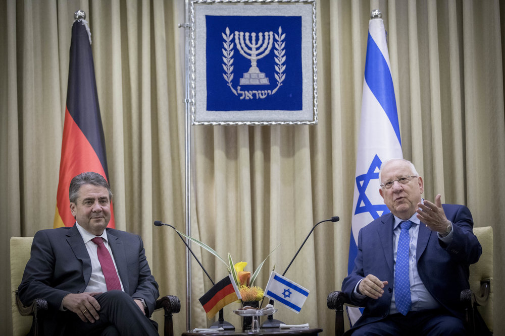 Israeli President Reuven Rivlin (right) meets with German Foreign Minister Sigmar Gabriel in Jerusalem, April 25. Israeli Prime Minister Benjamin Netanyahu, meanwhile, canceled his planned meeting with Gabriel due the latter's insistence on meeting with nonprofit organizations that campaign against the IDF and alleged Israeli human rights violations. Credit: Yonatan Sindel/Flash90.