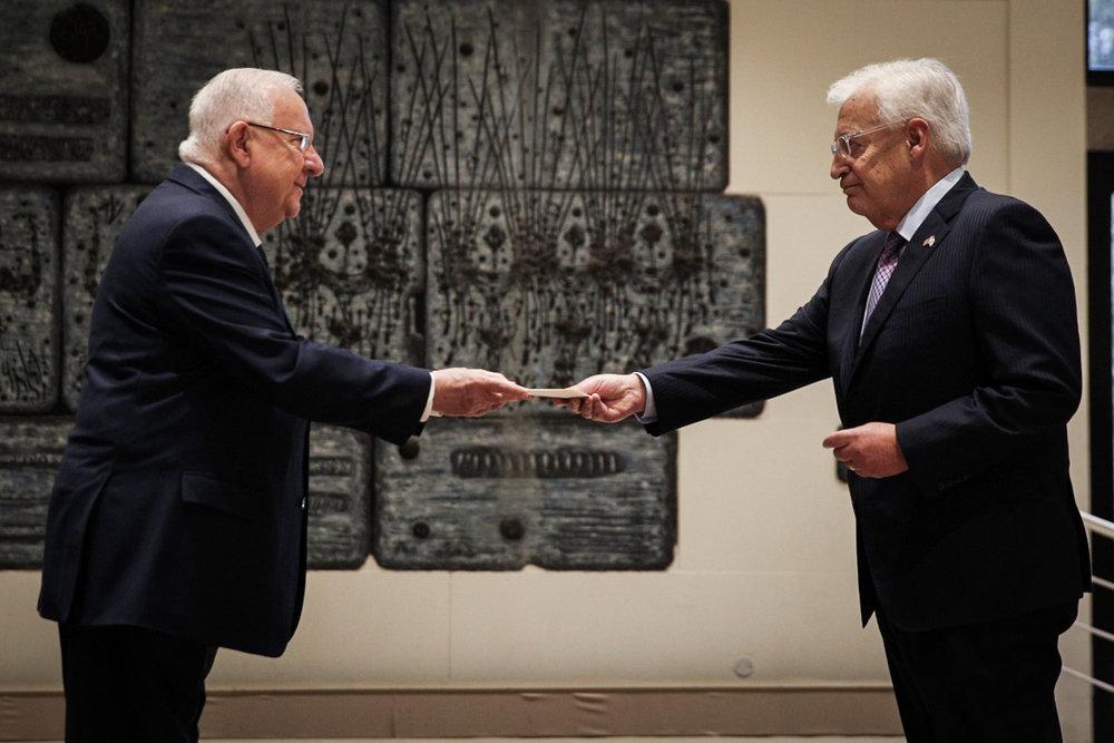 New U.S. Ambassador to Israel David Friedman (right) presents his diplomatic credentials to Israeli President Reuven Rivlin in Jerusalem, May 16. Credit: Noam Revkin Fenton/POOL/Flash90.