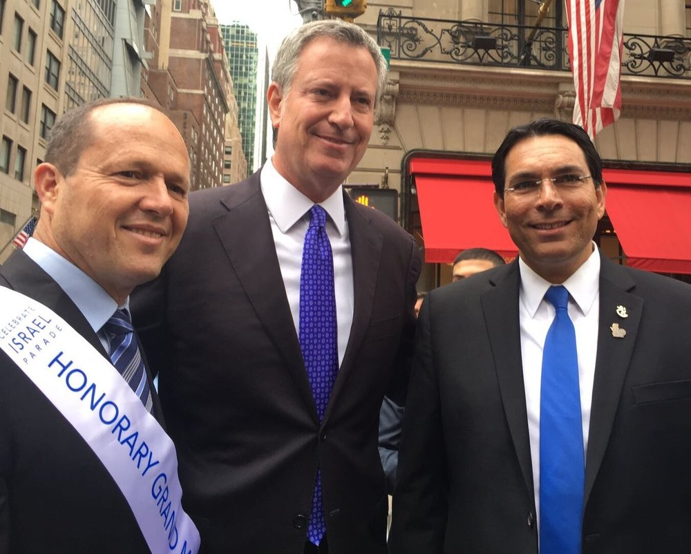 From left to right, Jerusalem Mayor Nir Barkat, New York City Mayor Bill de Blasio and Israeli Ambassador to the United Nations Danny Danon at New York's Celebrate Israel Parade. Credit: Israeli U.N. Mission.