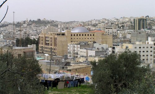 A view of Hebron. Credit: Wikimedia Commons.