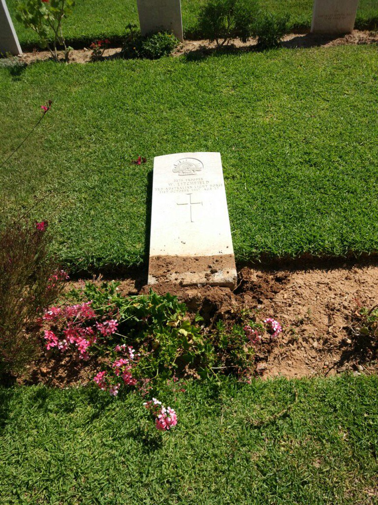 A desecrated headstone in the Australian WWI cemetery in Be'er Sheva. Credit: Israel Police.