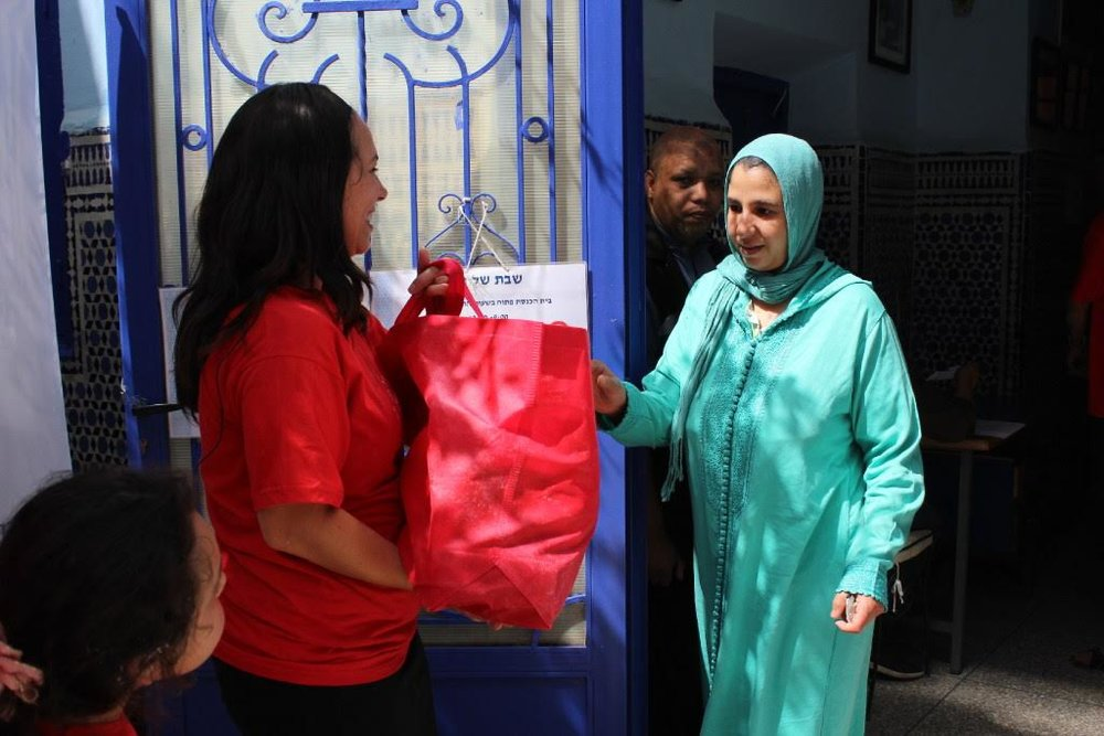 Food aid being delivered to needy Moroccan families. Credit: Kobi Yifrach.