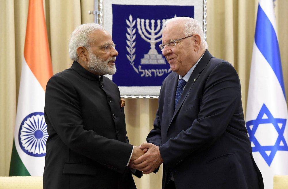 Indian Prime Minister Narendra Modi (left) with Israeli President Reuven Rivlin in Jerusalem Wednesday. Credit: Mark Neiman/GPO.