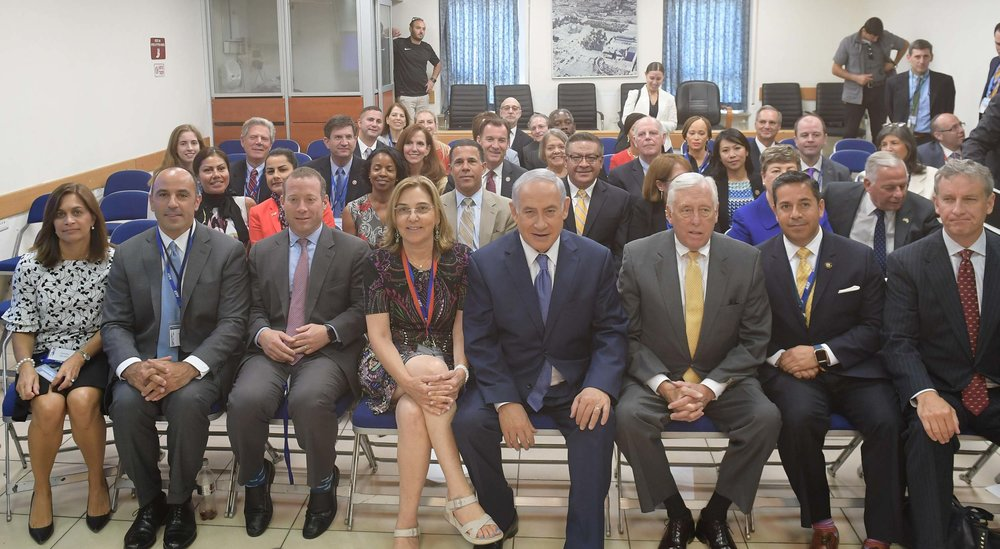 Democratic U.S. lawmakers meet with Israeli Prime Minister Benjamin Netanyahu (front row, fifth from left) in Jerusalem Monday. Credit: Saguy Moran.