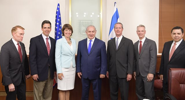 Prime Minister Benjamin Netanyahu (center) meets Tuesday with a bipartisan delegation from the U.S. Congress. Credit: GPO.