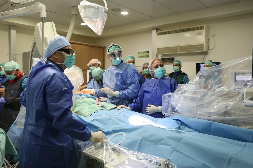 "At Haifa's Rambam Health Care Campus, the first successful implantation of the new Israeli-developed ""CORolla"" device for the treatment of diastolic heart failure. Credit: GPO."