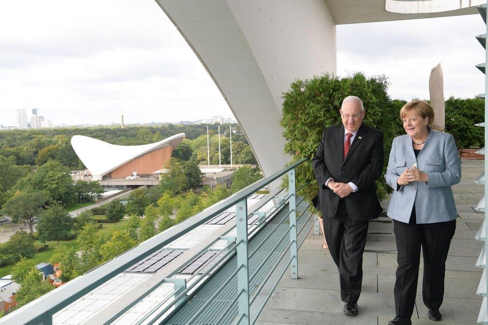Israeli President Reuven Rivlin with German Chancellor Angela Merkel in Berlin. Credit: GPO.