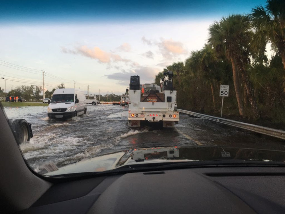 Israel Rescue Coalition (IRC) and United Hatzalah first responders work in Naples, Fla. and the Florida Keys in the community clean up effort following Hurricane Irma. Credit: IRC and United Hatzalah.