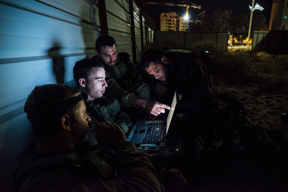 Artificial intelligence (AI) is being introduced at all levels of IDF decision-making. Pictured here, the Paratroopers Brigade during an exercise with other military units, including the elite canine unit Oketz. Credit: IDF via Flickr.