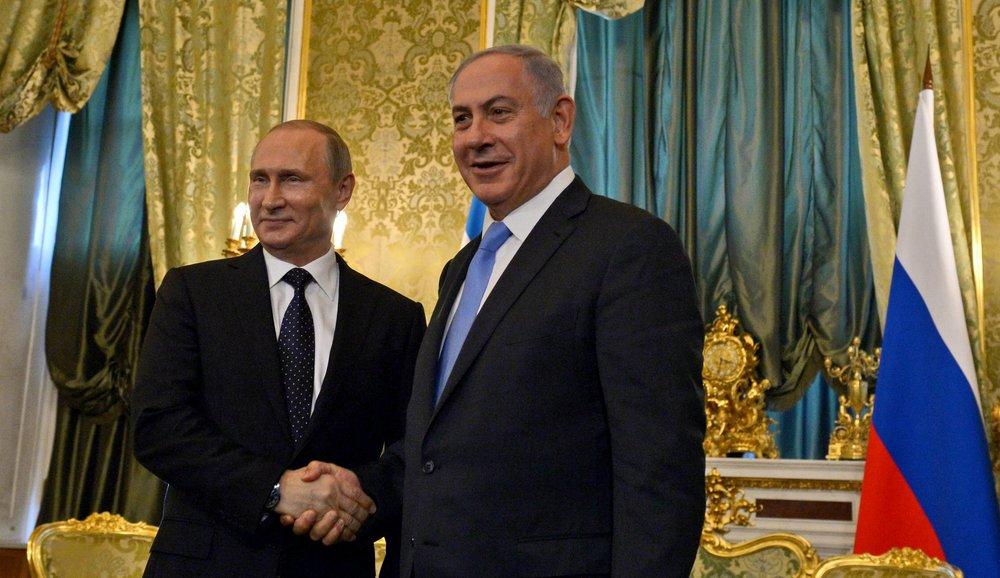Israeli Prime Minister Benjamin Netanyahu (right) and Russian President Vladimir Putin meet in June 2016 in Moscow. Credit: Haim Zach/GPO.