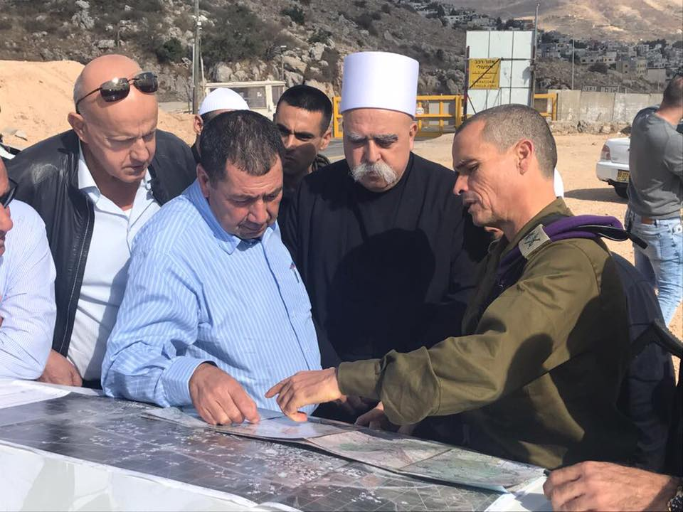 Israeli Druze community leader Sheikh Muwaffak Tarif receives a security briefing from the IDF on Friday. Credit: IDF Spokesperson's Unit.