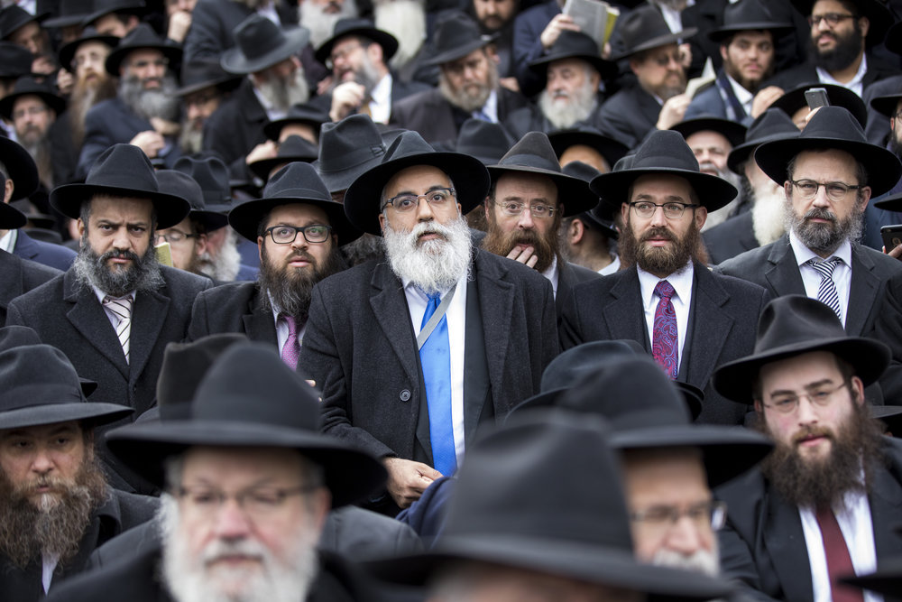 Chabad-Lubavitch emissaries from around the world gather for their annual group photo during the 44th annual Kinus Hashluchim (gathering of emissaries) this month. Credit:Chabad-Lubavitch.