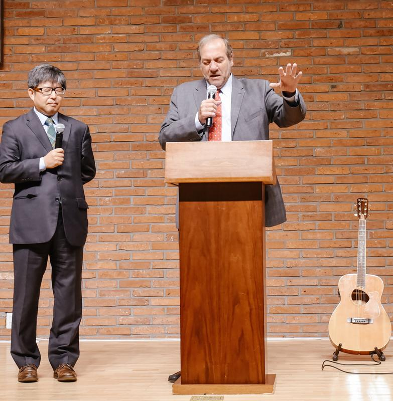 The Fellowship's Rabbi Yechiel Eckstein speaks at the Eagle Christian School in Seoul, South Korea. Credit: The Fellowship.