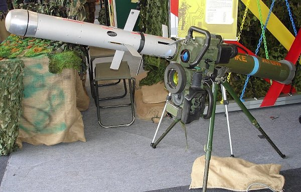 An Israeli Spike anti-tank missile. Credit: Dave1185 via Wikimedia Commons.