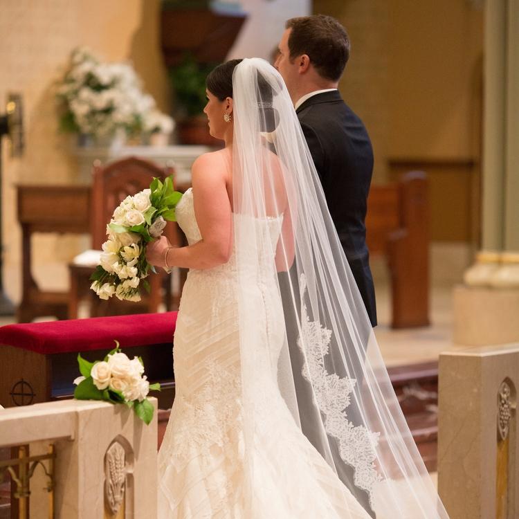 Greg+and+Kelley-Wedding+Ceremony-0131.jpg