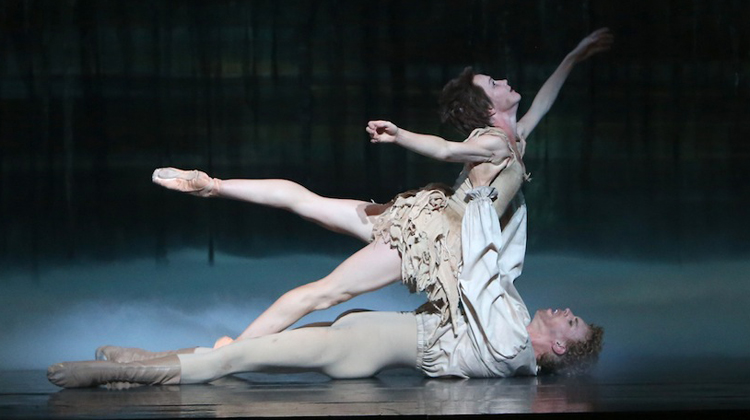 Adam Bull and Lucinda Dunn, The Australian Ballet's  Manon  (Image credit: David Kelly)