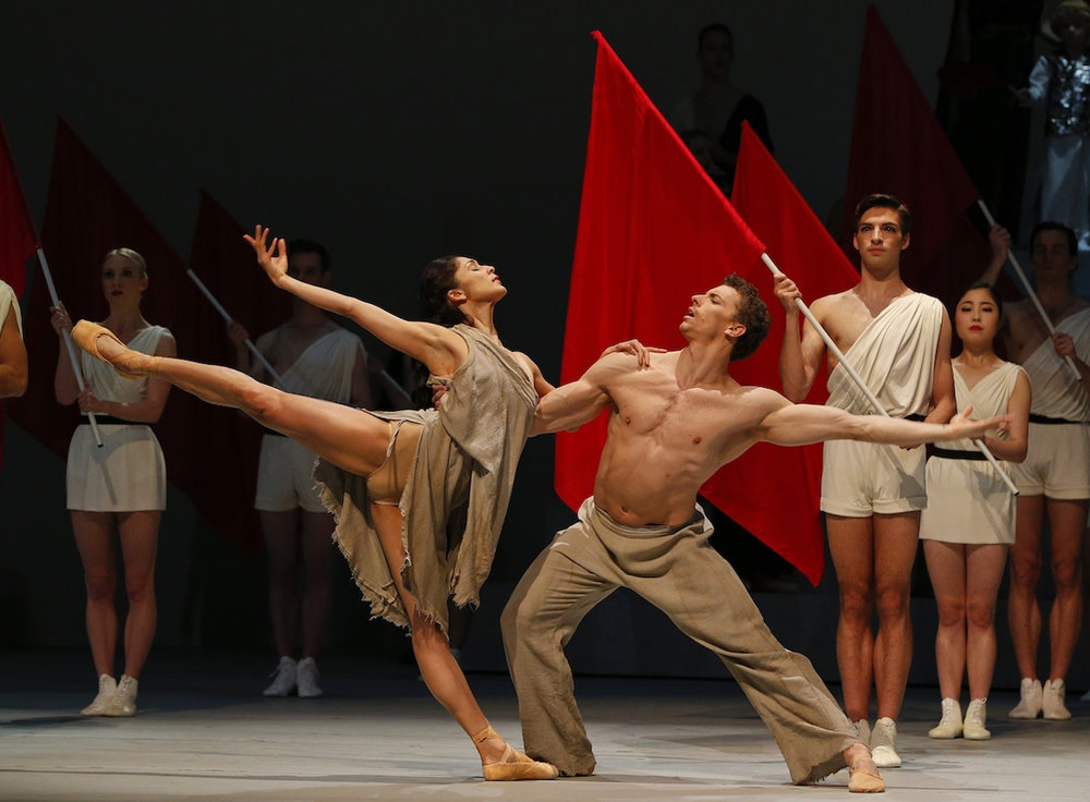 The Australian Ballet's Robyn Hendricks and Kevin Jackson in  Spartacus  (image credit: Jeff Busby)