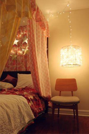 bedroom, canopy bed, vintage sheets, kids rooms, playroms, forts, bed decor, lighting, diy lighting, floral sheets, rachel denbow, smile and wave