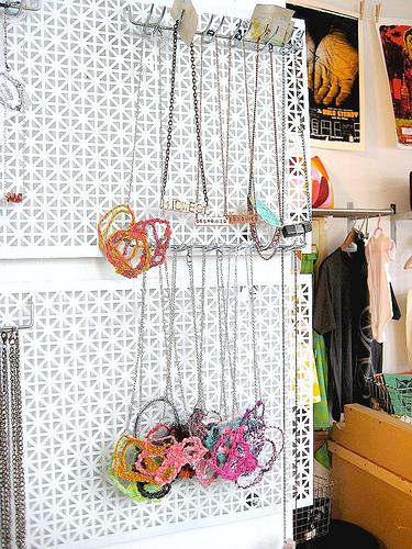 jewelry organizer, tutorial, diy organizer, get organized, storage