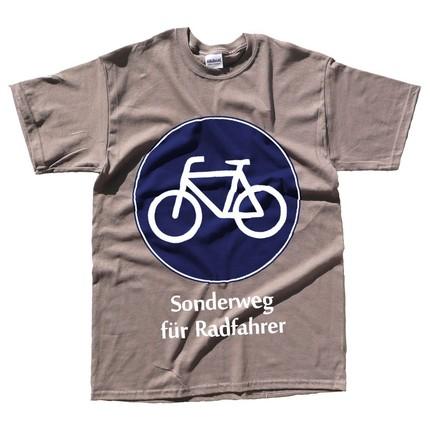 scream prinitng german bike tee