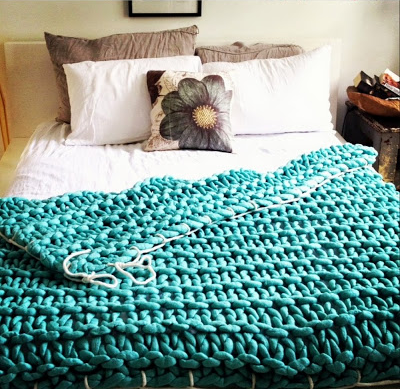 WOW! LITTLE DANDELION OVERSIZED BLANKETS (PLUS A GREAT INTERVIEW)