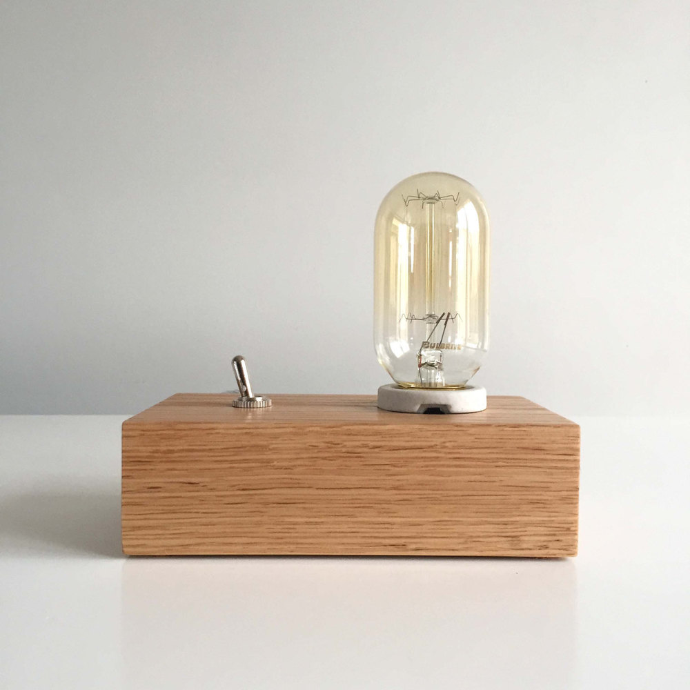 SÖLEN STUDIOS OAK TABLE LAMP