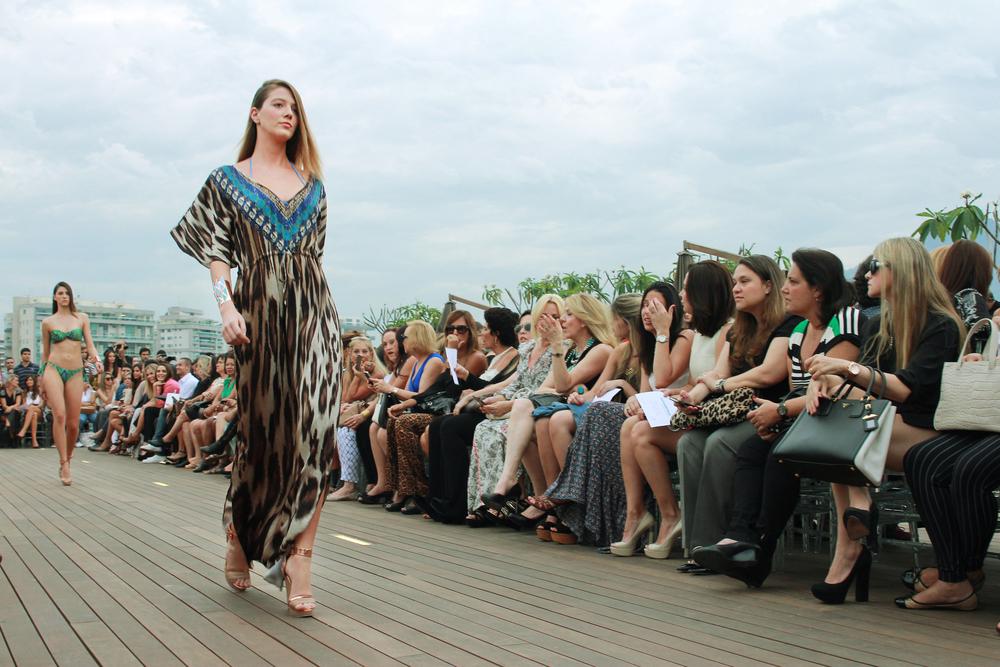 Vogue Fashion's Night Out Rio 2013