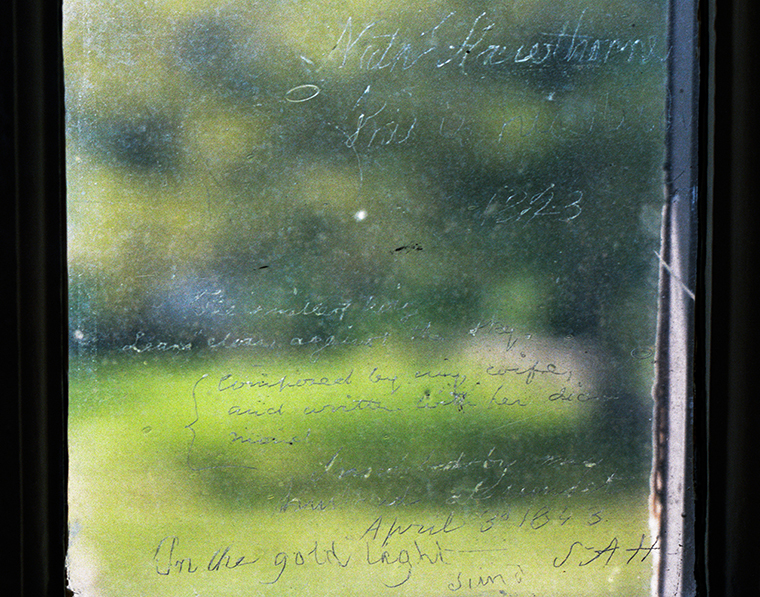 Window Inscription by Nathaniel & Sophia Hawthorne, The Old Manse