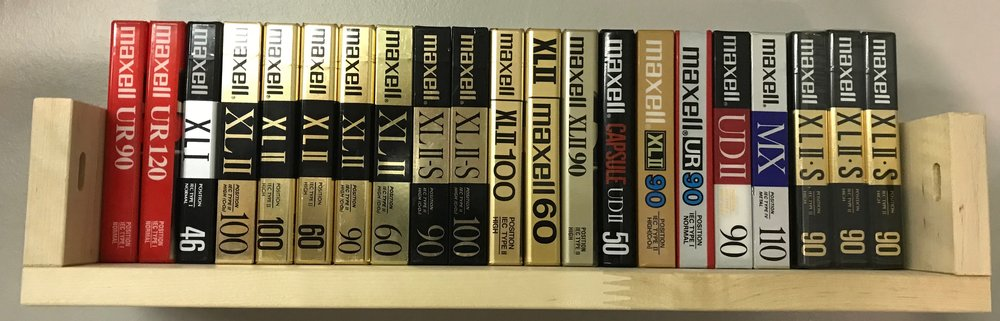 Maxell Shelf