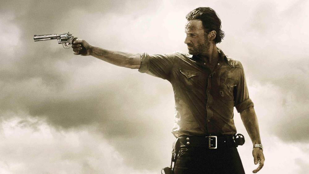 The-Walking-Dead-Rick-Aiming-Wallpaper-Wide.jpg