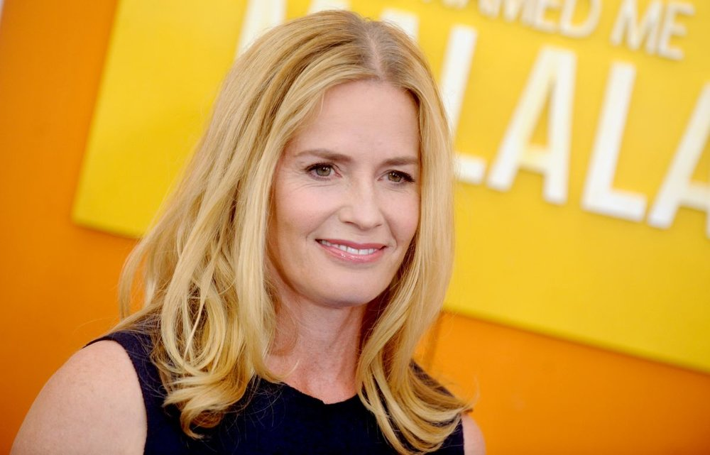 elisabeth-shue-at-he-named-me-malala-premiere-in-new-york-09-24-2015_2.jpg