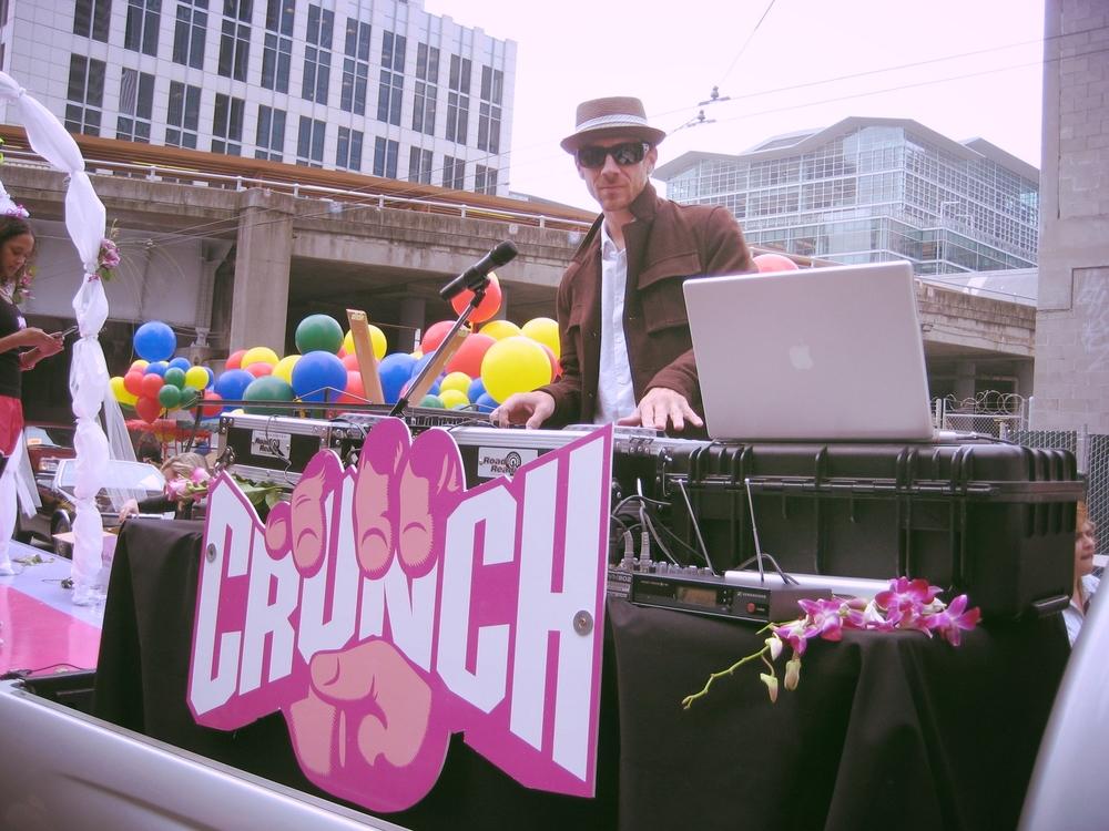 crunch float.JPG