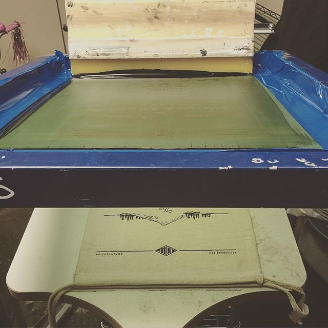 Printing up some more bags for all of your Sound Block traveling needs. #explore #adventure #travel #screenprinting #branding #design #volta #amplivacation