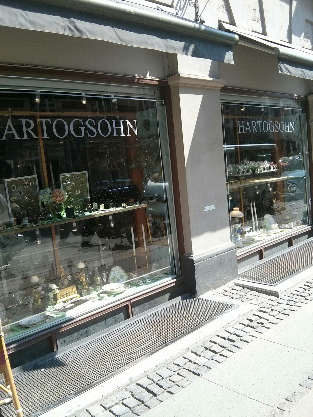 hartogsohn antik ( http://hartogsohn.dk/ ), one of the old and very fine antik shops in copenhagen, still going strong.
