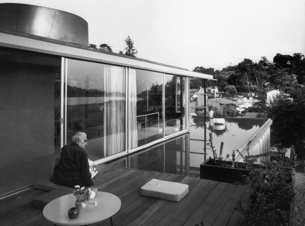 Richard Neutra at VDL House, 1966 by Julius Shulman, courtesy Raymond Neutra