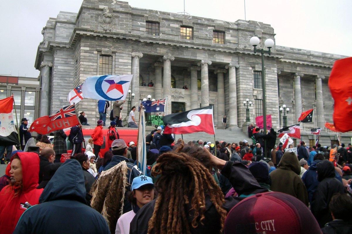 New Zealand >>> history