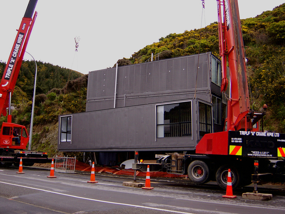 Container House - Owhiro Bay
