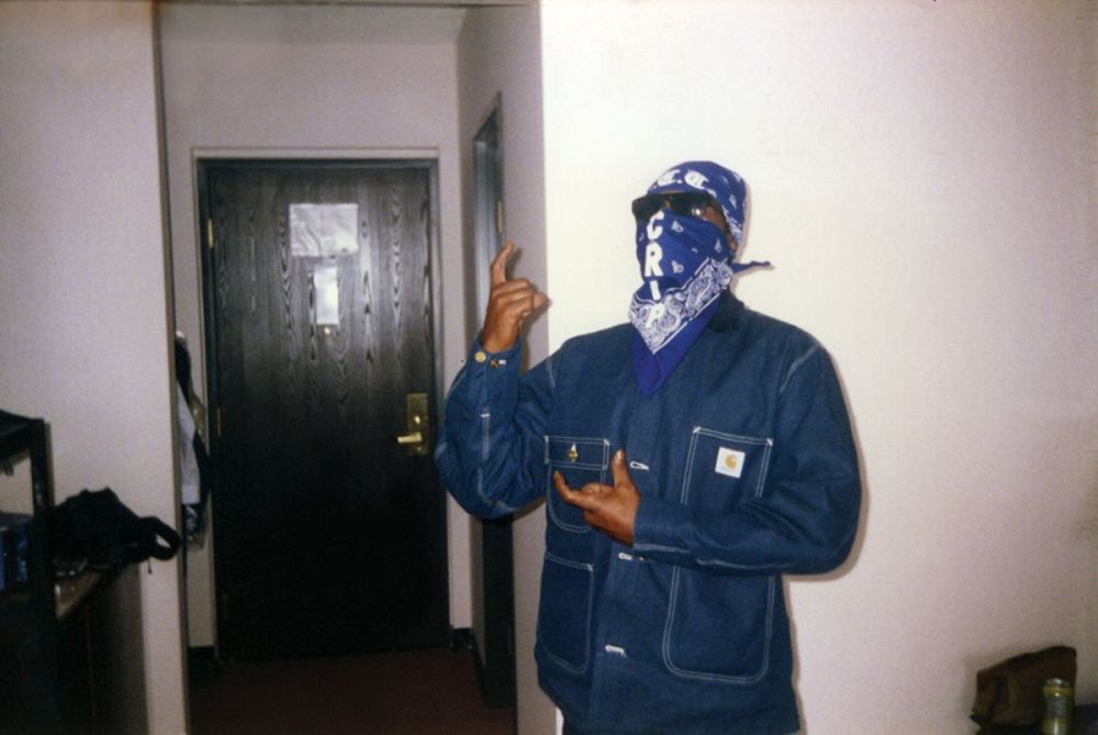 "Greg ""Batman"" Davis << CRIP"