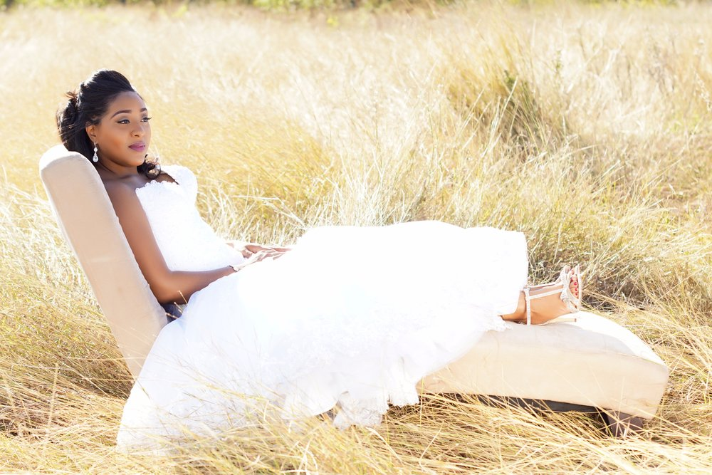 BRIDAL SESSION - Add $185.00