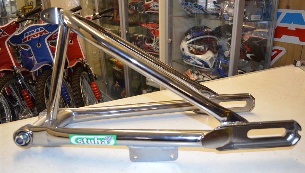 Stuha-longtrac-grasstrack-box-section-swing-arm-2.jpg