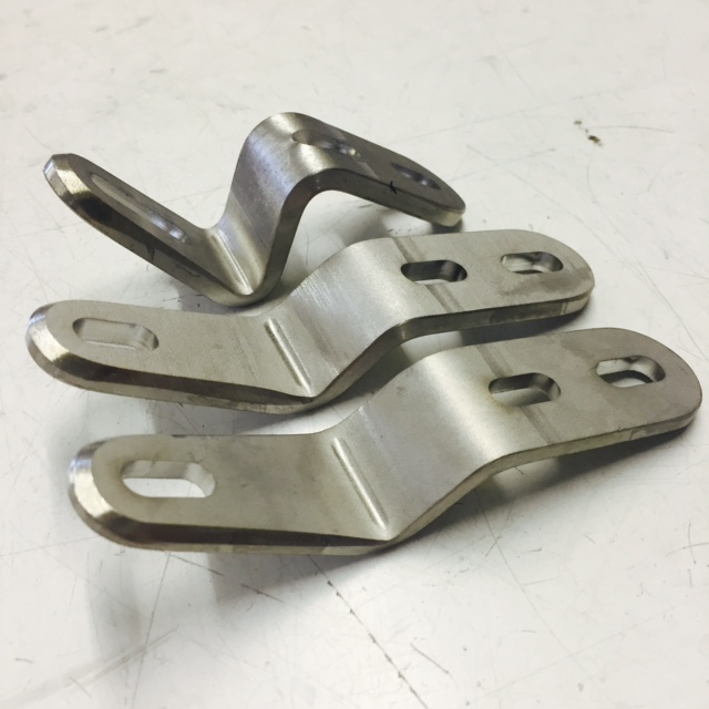Elite stainless steel front seat bracket. 4mm and HD 5mm thick. Also in tall version.