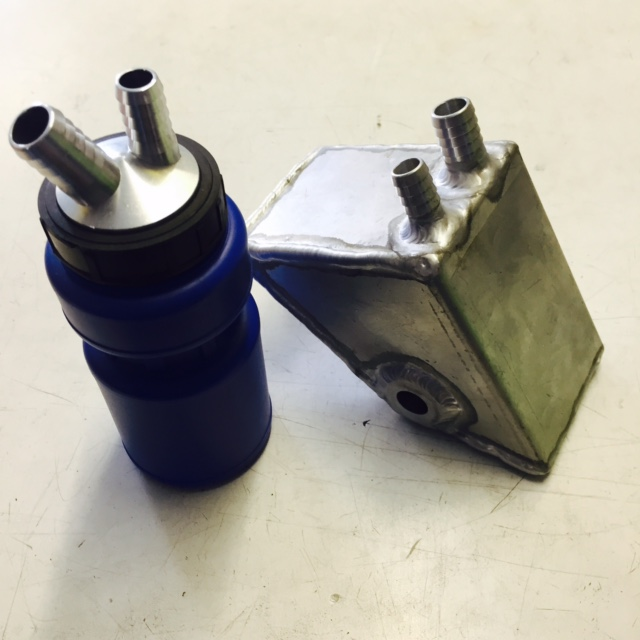 Elite oil catch bottle and alloy catch tank, legal size for regs