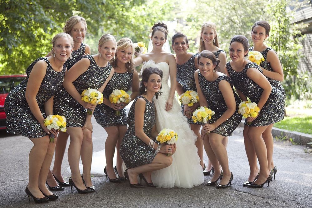 Indianapolis-Indiana-Wedding-Photographer-Crowes-Eye-Photography-Lockerbie-Bridal-Party-portrait.jpg