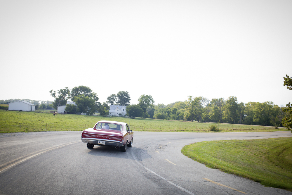 Indianapolis-Indiana-Wedding-Photographer-Crowes-Eye-Photography-Get-Away-Pontiac-GTO.jpg